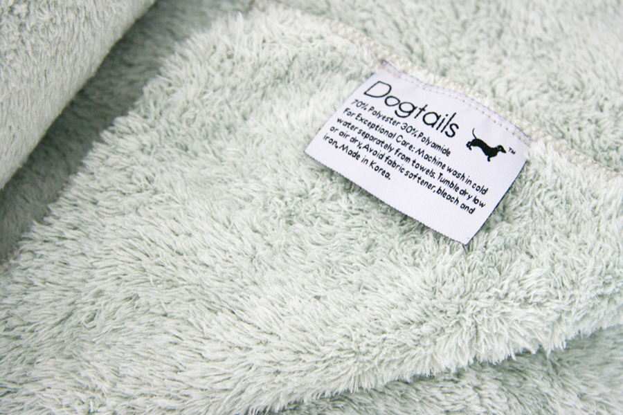 Dogtails Microfiber Towel Review   Pretty Fluffy